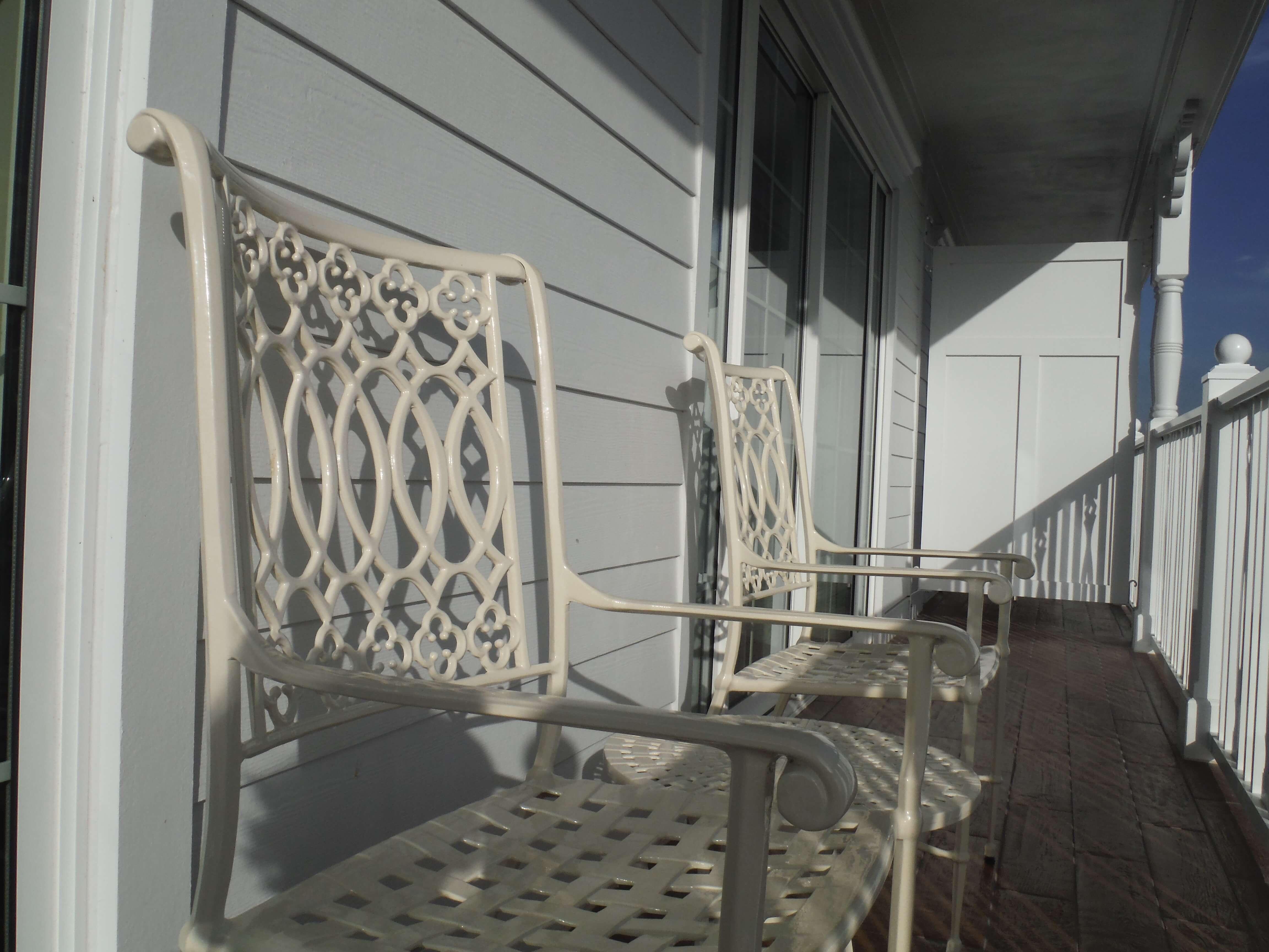 DVC GFV balcony chairs