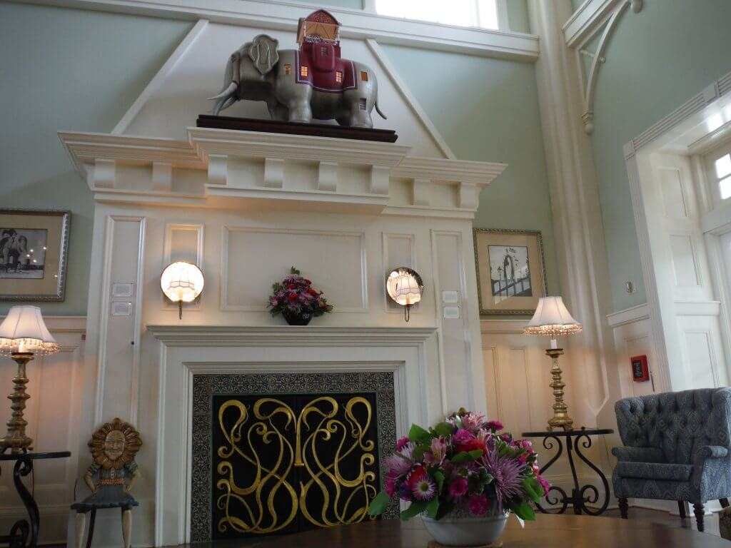 Baordwalk Inn lobby fireplace