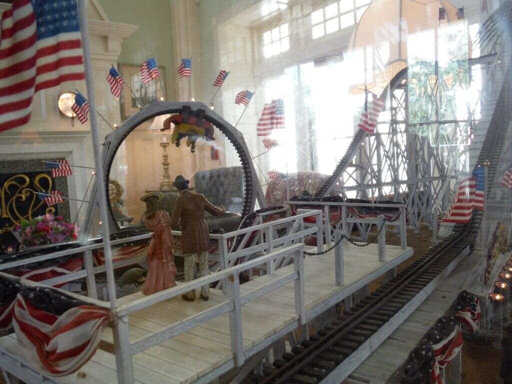 bwv lobby miniature vintage rollercoaster
